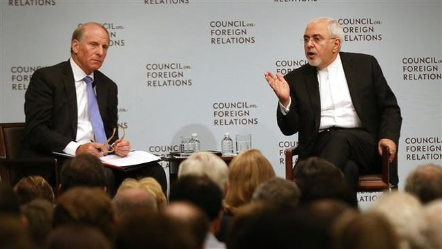 ظریف: سیسات های ضدکردی نتایج عکس دارد/موافق استقلال کردستان نیستیم