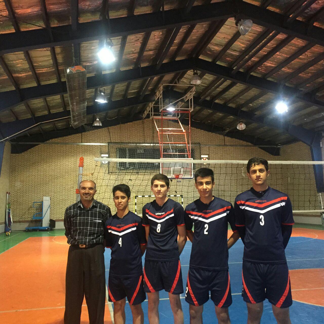 اردوی انتخابی والیبال نوجوانان استان با حضور والیبالیست های پیرانشهری برگزار شد