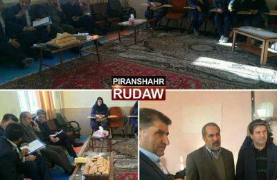 بازدید استاندار آذربایجان غربی از دانش آموزان شین آباد