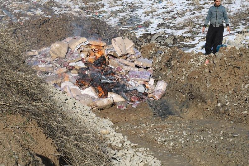 7 تن آلایش مرغی فاسد در پیرانشهر معدوم شد