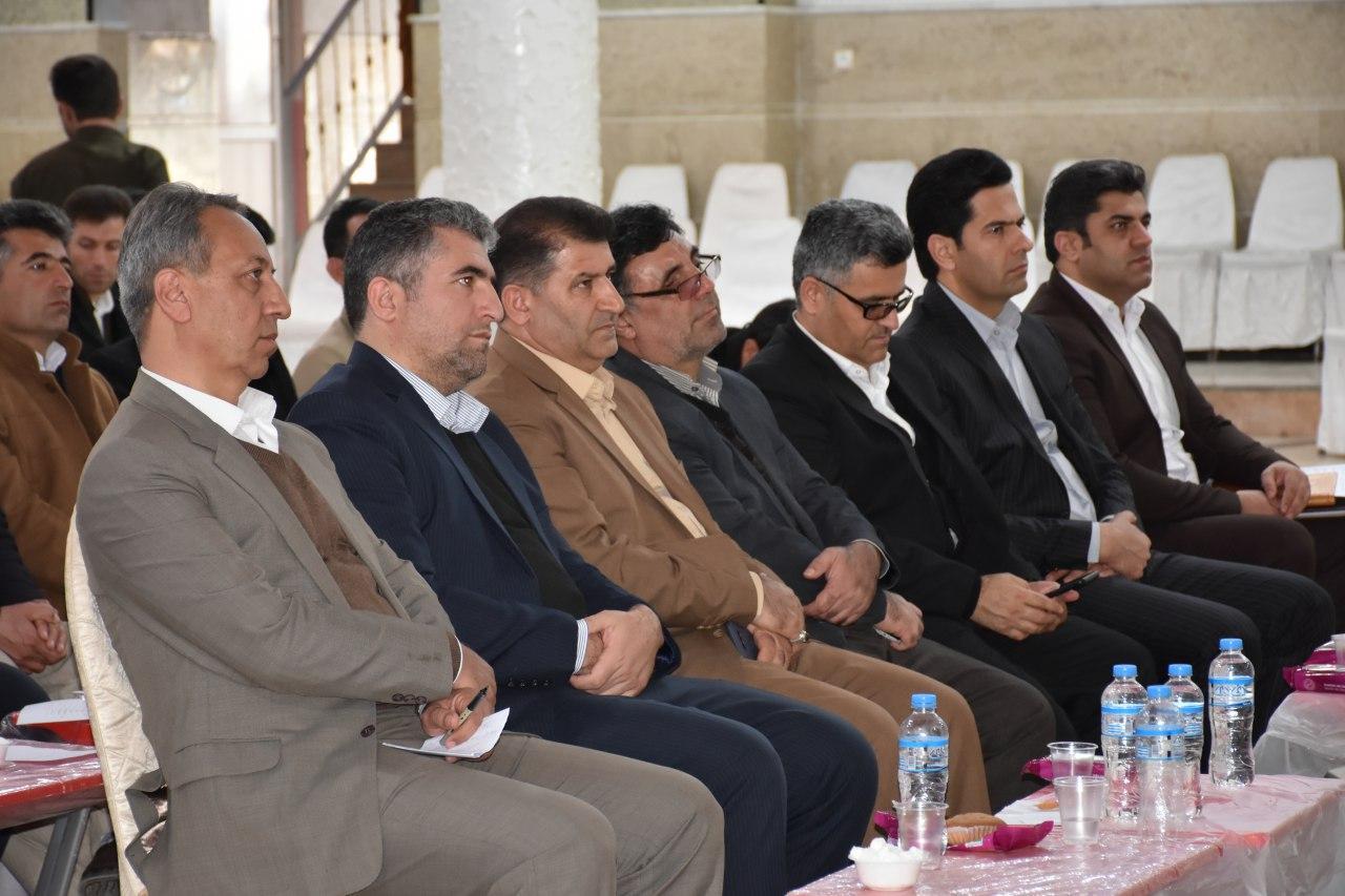 برگزاری سیزدهمین همایش آشنایی با وظایف و اختیارات قانونی شوراها و دهیاران بخش مرکزی و لاجان در پیرانشهر