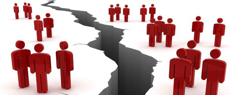 سیاست های قوم گرایانه مانعی در برابر توسعه استان آذربایجان غربی
